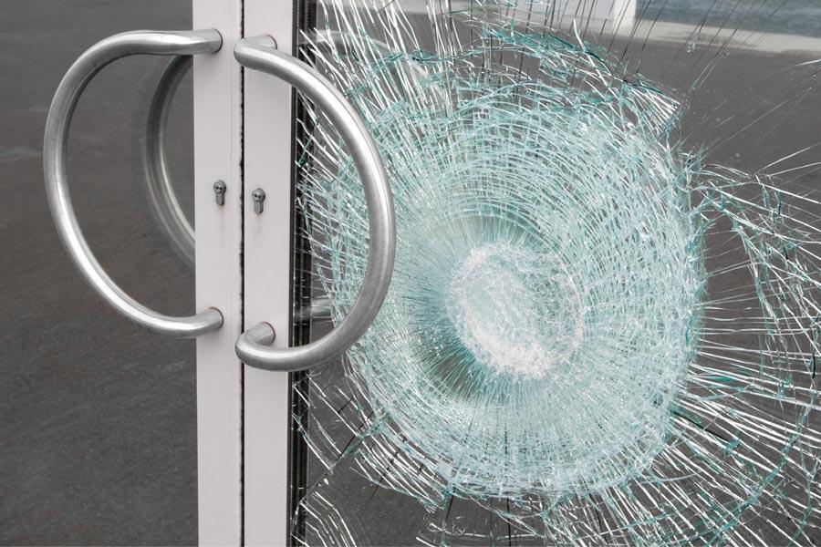 säkerhetsfilm dörrar